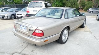 1998 Jaguar XJ8 X308 Gold 5 Speed Automatic Sedan