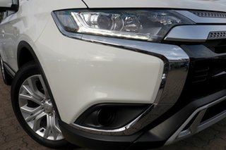 2020 Mitsubishi Outlander ZL MY20 ES 7 Seat (2WD) White Continuous Variable Wagon.