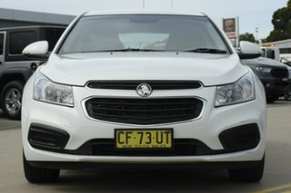 2015 Holden Cruze JH MY15 Equipe White 6 Speed Automatic Hatchback