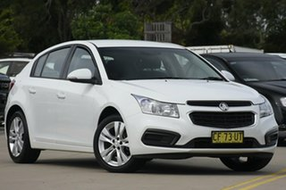 2015 Holden Cruze JH MY15 Equipe White 6 Speed Automatic Hatchback.