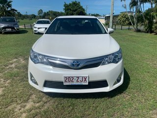 2012 Toyota Camry HYBRID White Automatic Sedan.