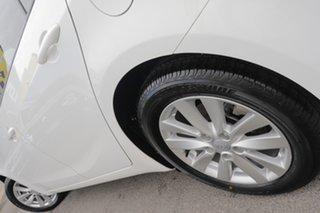 2015 Kia Cerato YD MY15 S Premium Clear White 6 Speed Sports Automatic Sedan