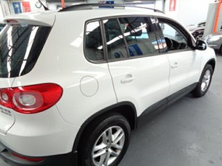 2010 Volkswagen Tiguan 5N MY10 125TSI 4MOTION White 6 Speed Sports Automatic Wagon
