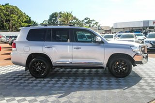 2018 Toyota Landcruiser VDJ200R Sahara Silver 6 Speed Sports Automatic Wagon.