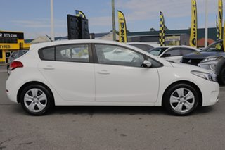 2016 Kia Cerato YD MY17 S Clear White 6 Speed Sports Automatic Hatchback