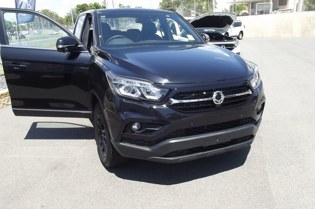 New Ssangyong Musso Q200 MY20.5 Ultimate Crew Cab South Gladstone, 2020 Ssangyong Musso Q200 MY20.5 Ultimate Crew Cab Black 6 Speed Sports Automatic Utility