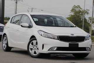 2016 Kia Cerato YD MY17 S Clear White 6 Speed Sports Automatic Hatchback.