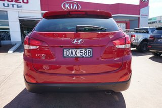 2015 Hyundai ix35 LM Series II SE (FWD) Red 6 Speed Automatic Wagon