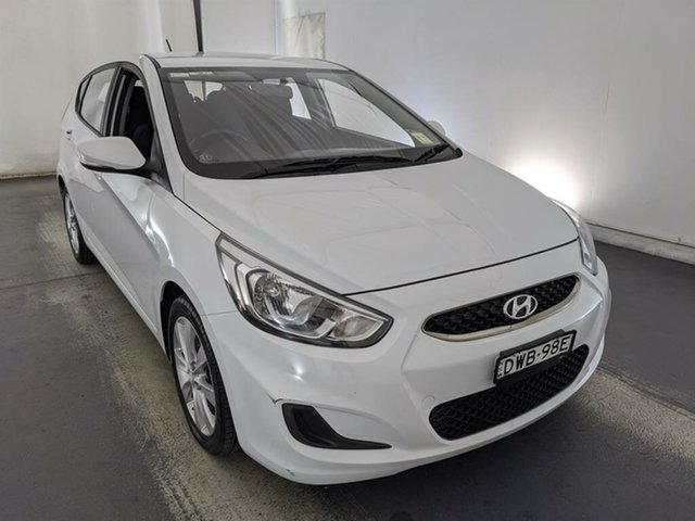 Used Hyundai Accent RB6 MY18 Sport Maryville, 2018 Hyundai Accent RB6 MY18 Sport White 6 Speed Sports Automatic Hatchback