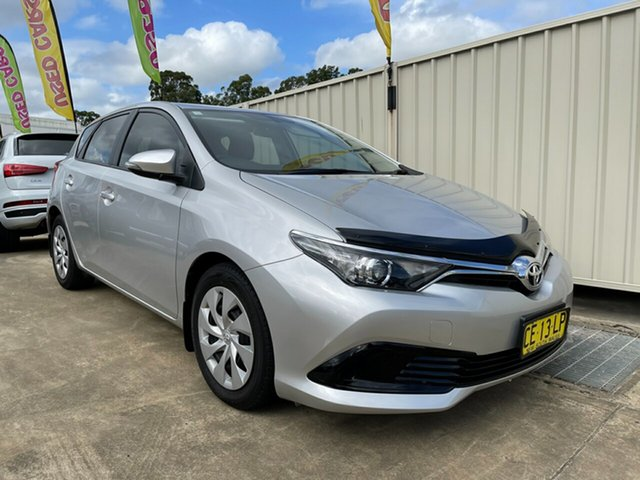 Used Toyota Corolla ZRE182R Ascent S-CVT Glendale, 2015 Toyota Corolla ZRE182R Ascent S-CVT Silver 7 Speed Constant Variable Hatchback