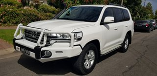 2017 Toyota Landcruiser VDJ200R MY16 GXL (4x4) White 6 Speed Automatic Wagon.