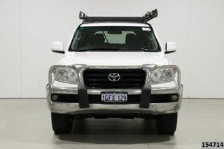 2012 Toyota Landcruiser VDJ200R 09 Upgrade GXL (4x4) White 6 Speed Automatic Wagon.
