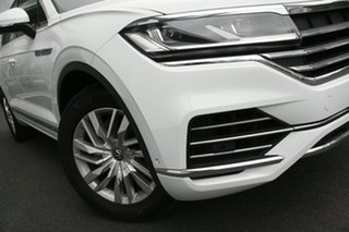 2020 Volkswagen Touareg CR MY21 170TDI Tiptronic 4MOTION White 8 Speed Sports Automatic Wagon.