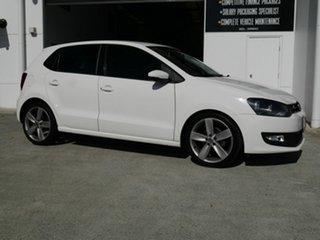 2013 Volkswagen Polo 6R MY14 77TSI Comfortline White 6 Speed Manual Hatchback.