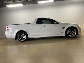 2010 Holden Commodore VE II SV6 White 6 Speed Automatic Utility.
