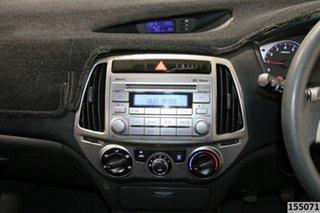 2012 Hyundai i20 PB MY12 Active White 5 Speed Manual Hatchback