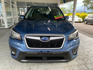 2018 Subaru Forester 2.5I Blue Constant Variable Wagon.
