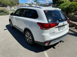 2018 Mitsubishi Outlander ZL MY18.5 ES 2WD White 6 Speed Constant Variable Wagon