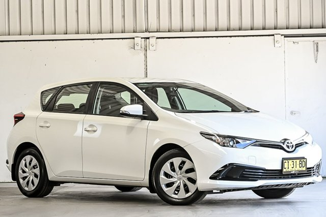 Used Toyota Corolla ZRE182R Ascent S-CVT Laverton North, 2016 Toyota Corolla ZRE182R Ascent S-CVT White 7 Speed Constant Variable Hatchback