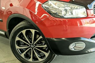 2012 Nissan Dualis J107 Series 3 MY12 +2 X-tronic AWD Ti-L Red 6 Speed Constant Variable Hatchback.
