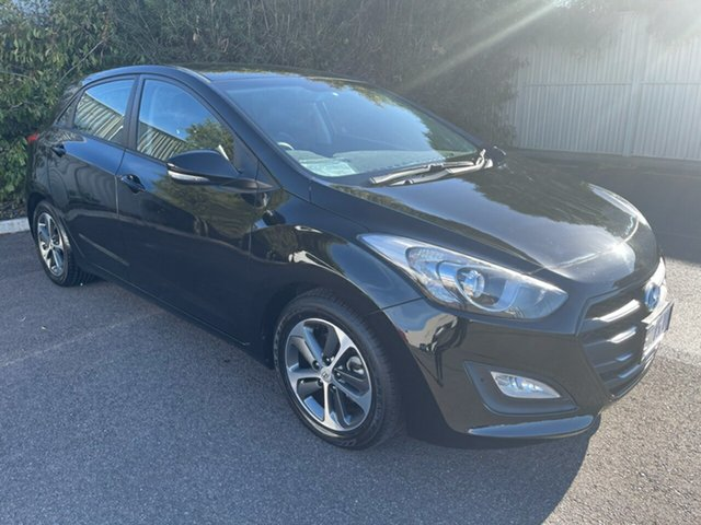 Used Hyundai i30 GD3 Series II MY16 Active X Devonport, 2015 Hyundai i30 GD3 Series II MY16 Active X Phantom Black 6 Speed Sports Automatic Hatchback