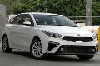 2021 Kia Cerato BD MY21 S Clear White 6 Speed Sports Automatic Hatchback.