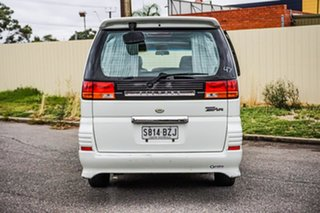 2000 Nissan Elgrand ALE50 Highway Star White 4 Speed Automatic Wagon