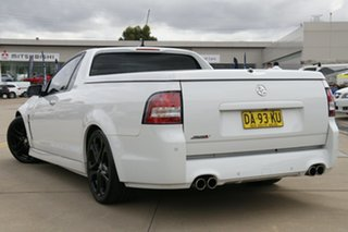 2013 Holden Ute VF MY14 SS V Ute Redline White 6 Speed Sports Automatic Utility.
