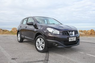 2013 Nissan Dualis J10W Series 3 MY12 ST Hatch 2WD Purple 6 Speed Manual Hatchback.