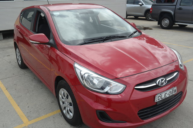Used Hyundai Accent RB4 MY16 SR Maryville, 2016 Hyundai Accent RB4 MY16 SR Red 6 Speed Sports Automatic Hatchback