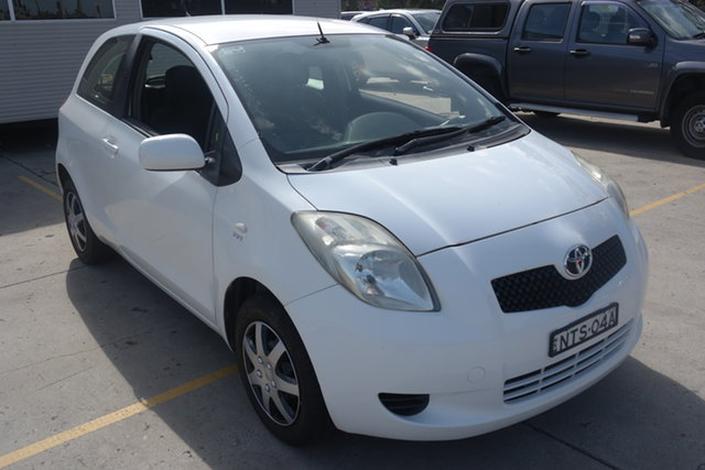 Used Toyota Yaris NCP90R YR Maryville, 2007 Toyota Yaris NCP90R YR White 4 Speed Automatic Hatchback
