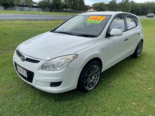 Used Hyundai i30 FD MY09 SX Clontarf, 2009 Hyundai i30 FD MY09 SX White 5 Speed Manual Hatchback