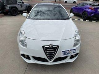 2011 Alfa Romeo Giulietta 1.4 White 6 Speed Manual Hatchback.