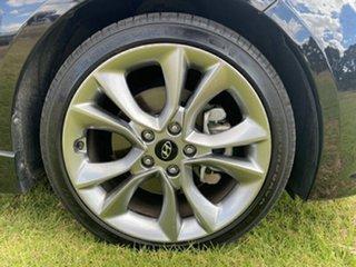2017 Hyundai Veloster FS5 Series II SR Coupe D-CT Turbo Phantom Black 7 Speed.