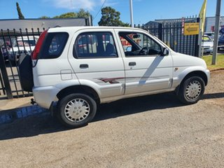 2004 Daihatsu Terios J102 DX White 5 Speed Manual Wagon