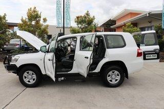 2016 Toyota Landcruiser VDJ200R GX Glacier 6 speed Automatic Wagon