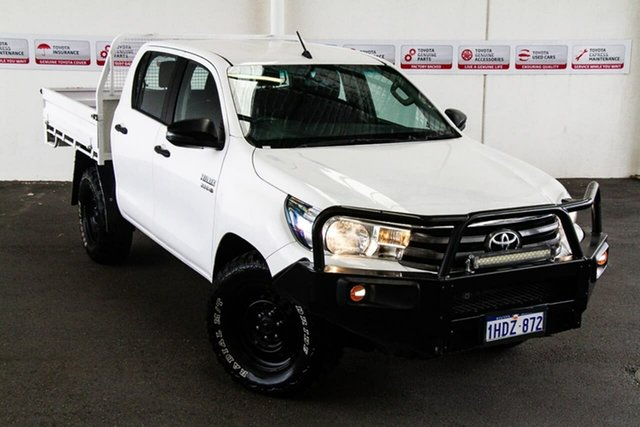 Pre-Owned Toyota Hilux GUN126R MY17 SR (4x4) Rockingham, 2018 Toyota Hilux GUN126R MY17 SR (4x4) Glacier White 6 Speed Automatic Dual Cab Chassis