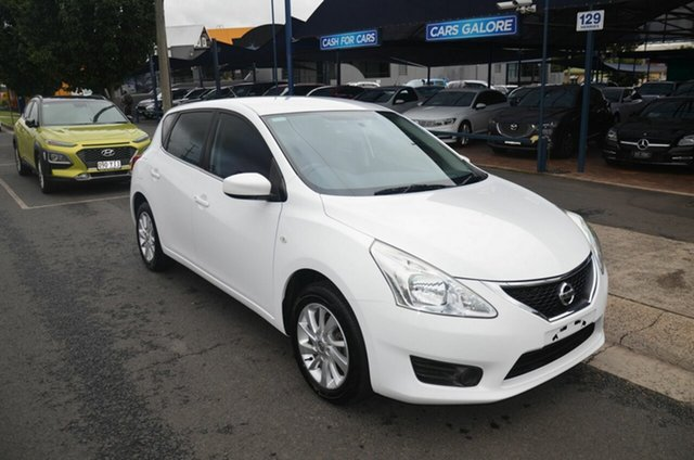 Used Nissan Pulsar C12 ST Toowoomba, 2013 Nissan Pulsar C12 ST White 6 Speed Manual Hatchback