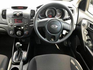 2011 Kia Cerato TD MY12 S White 6 Speed Sports Automatic Hatchback