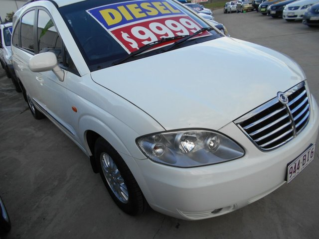 Used Ssangyong Stavic A100 MY08 Springwood, 2012 Ssangyong Stavic A100 MY08 White 5 Speed Manual Wagon
