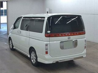 2002 Nissan Elgrand E51 VG White Automatic Wagon.