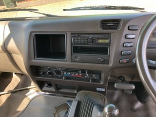 2010 Mitsubishi Fuso Rosa BE64D Base White Bus 4.9l RWD