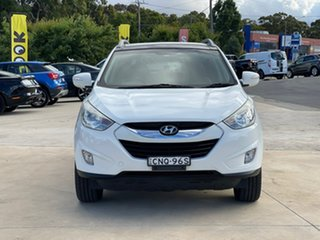 2013 Hyundai ix35 Highlander White Sports Automatic Wagon.