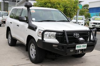 2016 Toyota Landcruiser VDJ200R GX Glacier 6 speed Automatic Wagon.