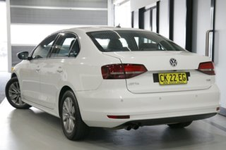 2016 Volkswagen Jetta 1KM MY17 118 TSI Trendline White 7 Speed Auto Direct Shift Sedan.