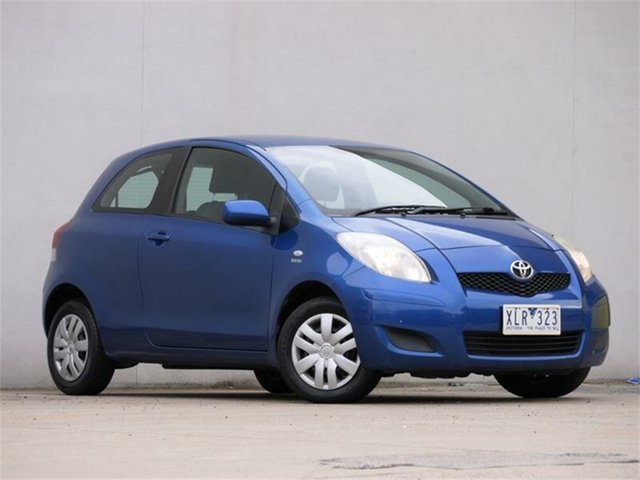 Used Toyota Yaris NCP90R MY10 YR Cheltenham, 2010 Toyota Yaris NCP90R MY10 YR Blue 5 Speed Manual Hatchback