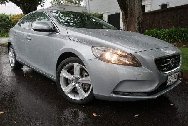 Used Volvo V40 M Series MY14 T4 Adap Geartronic Luxury Prospect, 2013 Volvo V40 M Series MY14 T4 Adap Geartronic Luxury Silver 6 Speed Sports Automatic Hatchback