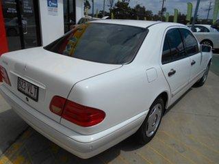 1997 Mercedes-Benz E-Class W210 E230 Classic White 5 Speed Automatic Sedan