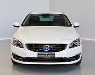 2013 Volvo V60 F Series MY14 T5 PwrShift Luxury White 6 Speed Sports Automatic Dual Clutch Wagon.