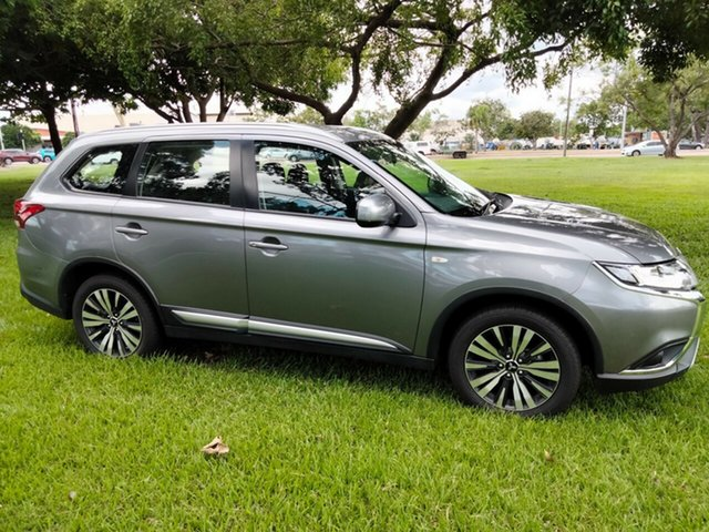 Used Mitsubishi Outlander ZL MY19 ES 7 Seat (AWD) Parap, 2019 Mitsubishi Outlander ZL MY19 ES 7 Seat (AWD) Gray Black Continuous Variable Wagon